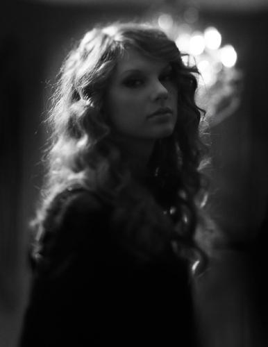 """Taylor Swift: Speak Now"" Thanksgiving concierto special"