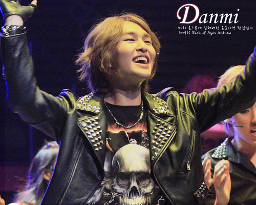 100915 Rock of Ages Musical