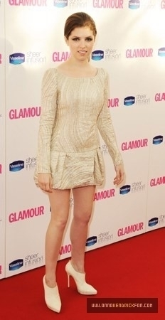 2010 Glamour Women Of The tahun Awards Arrivals