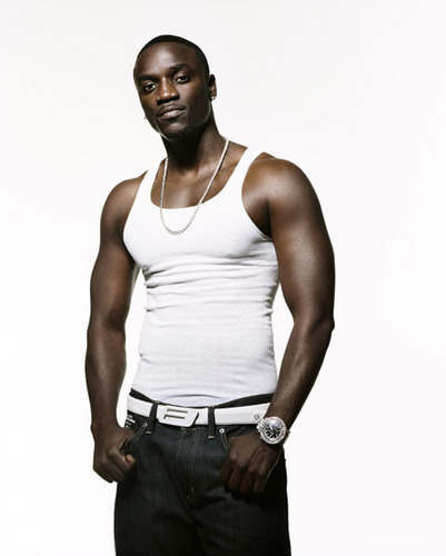 Akon..