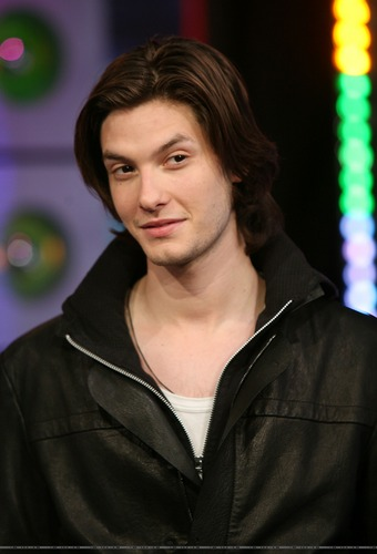 Ben Barnes At TRL - ben-barnes Photo