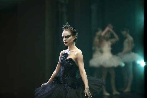 Natalie Portman wallpaper containing a dinner dress entitled Black Swan