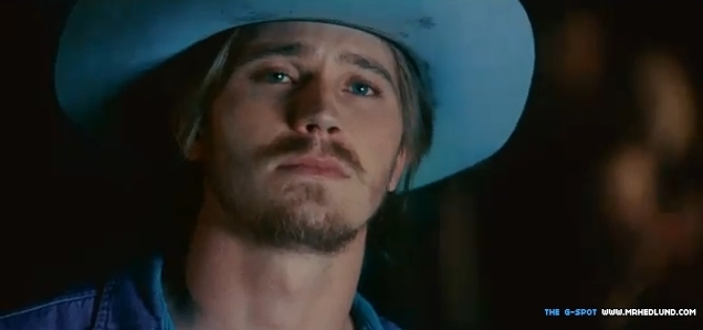 Country Strong - Garrett Hedlund 636x299
