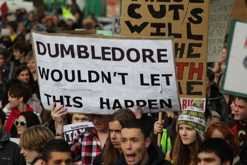 Hogwarts Professors wallpaper titled Great student demonstrations slogans !