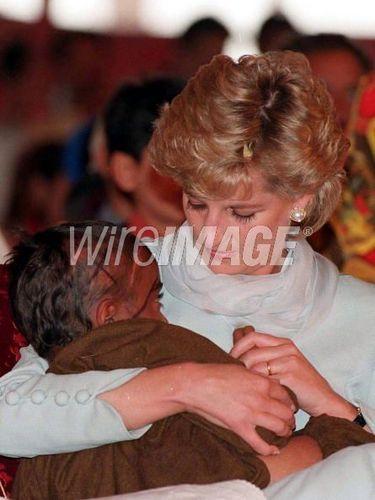 LAHORE, Paquistão - APRIL 1996