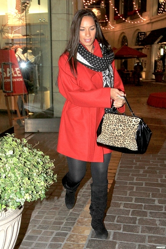 Leona and Angela shopping at The Grove in LA 11/29/10