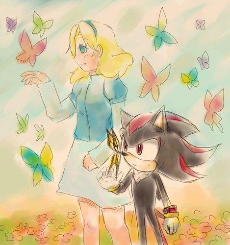 Maria & Shadow