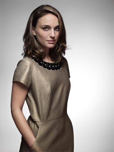 Natalie in Fabrice Dall'Anese photoshoot (February 2008)