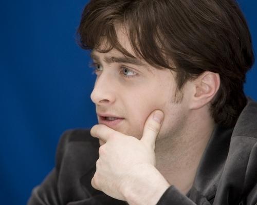 Nov13: Londres press conference