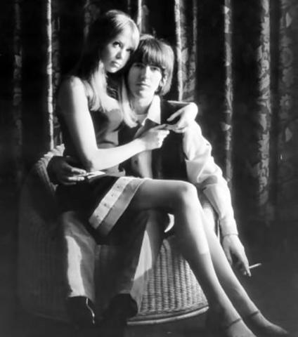 Pattie-and-George-pattie-boyd-17747047-424-480.jpg