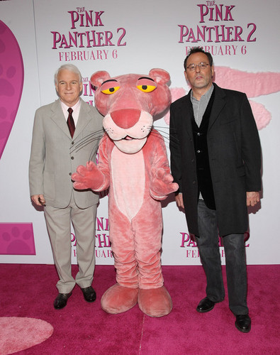 "Premiere Of ""The roze panter, panther 2"" - Arrivals"