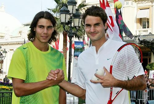Roger is taller than Rafa, so why all say that they measure the same? (185 cm)