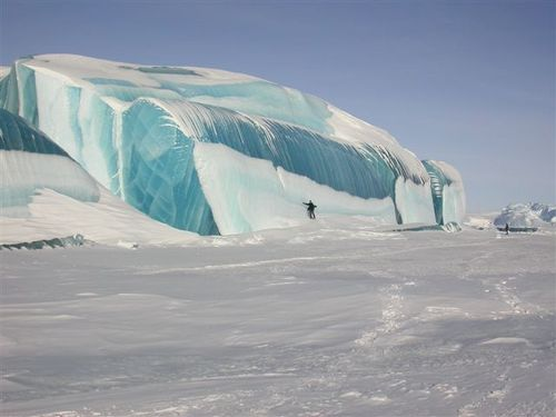Striped ice-bergs