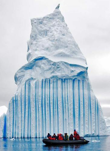 Striped ice-bergs - unbelievable Photo