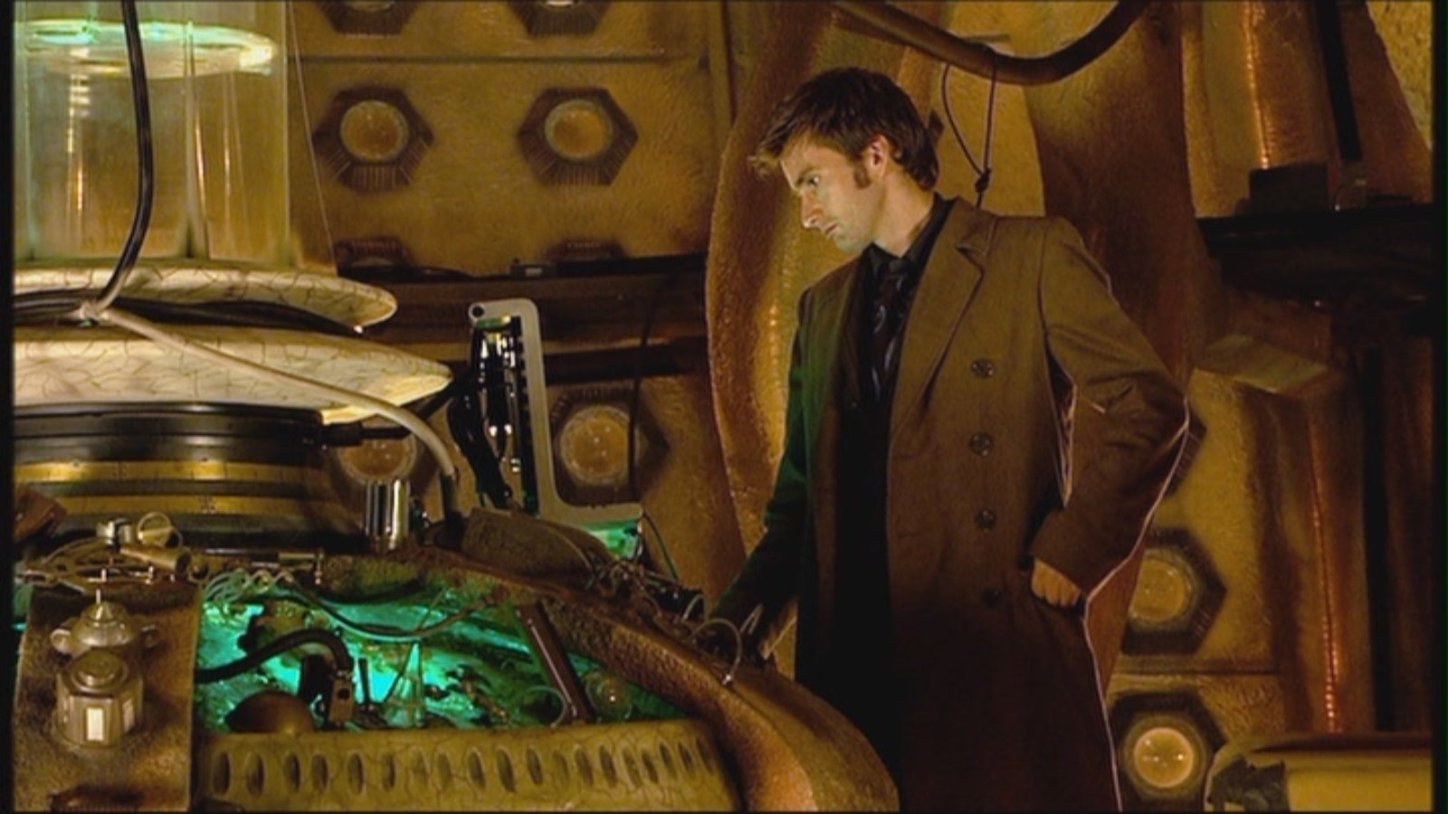 The Whovian Avenger: Doctor Who at 10 - The Girl in the Fireplace ...