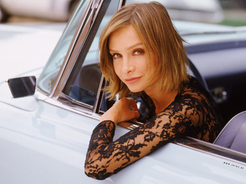 personnages de TV féminins fond d'écran with an automobile called Ally McBeal