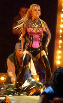 American Music Awards,Novembar 2003,Performing