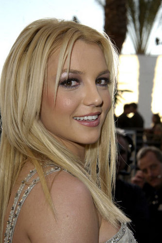 American Music Awards,Novembar 2003-Red Carpet