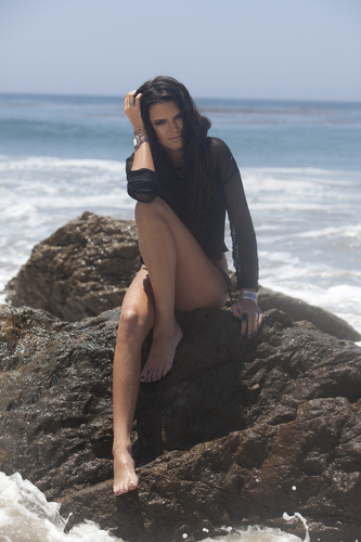 Kendall Jenner wallpaper titled Beach Shoot