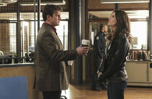 Kate Beckett দেওয়ালপত্র containing a revolving door and a business suit entitled Castle_3x11_Nikki Heat_Promo pics