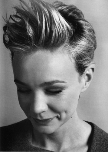 Carey Mulligan wallpaper probably with a portrait entitled ELLE UK January 2011