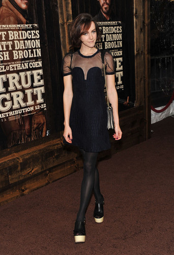 "Jena Malone attends the premiere of ""True Grit"" December 14, 2010"