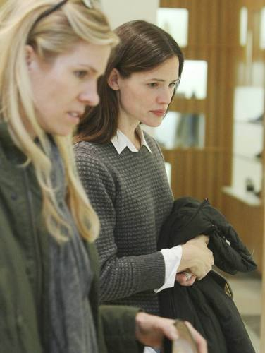 Jennifer Garner: Janie and Jack Shopper