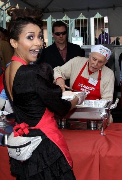 Kat Graham/LA Mission & Anne Douglas Center's Thanksgiving For The Homeless - the-vampire-diaries photo