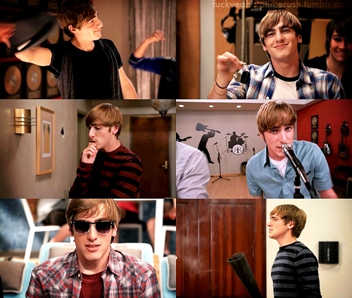 Kendall Schmidt wallpaper probably with sunglasses and a sign called Kendall
