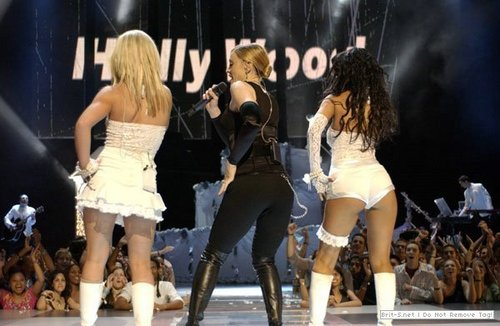 MTV Video Muzik Awards,28.9.2003