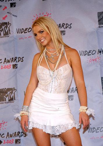 엠티비 Video 음악 Awards,28.9.2003