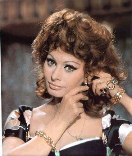 Sophia Loren wallpaper probably with a portrait called Marriage Italian Style