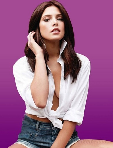 Nuevo Outtake de Ashley para Cosmopolitan