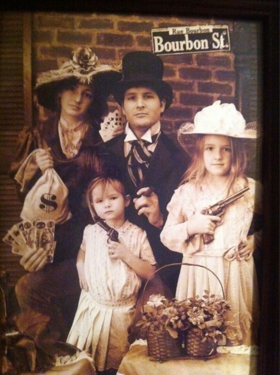 Peter Facinelli Tweets Going home For Natale & A Facinelli Gang Photo!
