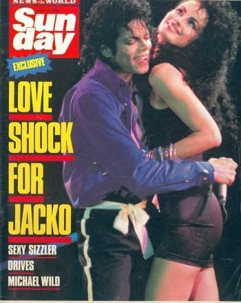 Press artikel-artikel about the kiss:MJ/Tati