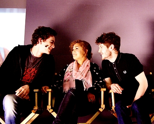 Robert Sheehan, Antonia Thomas and Iwan Rheon at táo, apple Store