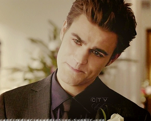 Stefan Salvatore 壁纸 containing a business suit entitled Stefan 1x19