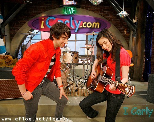 iCarly and the Plain White T's