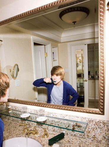 justin brushing his teeth