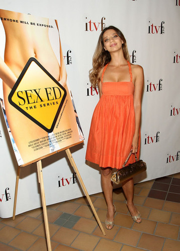 Angela at the premiere of Sex Ed The Series, August 2009 Copyright Getty larawan 2009