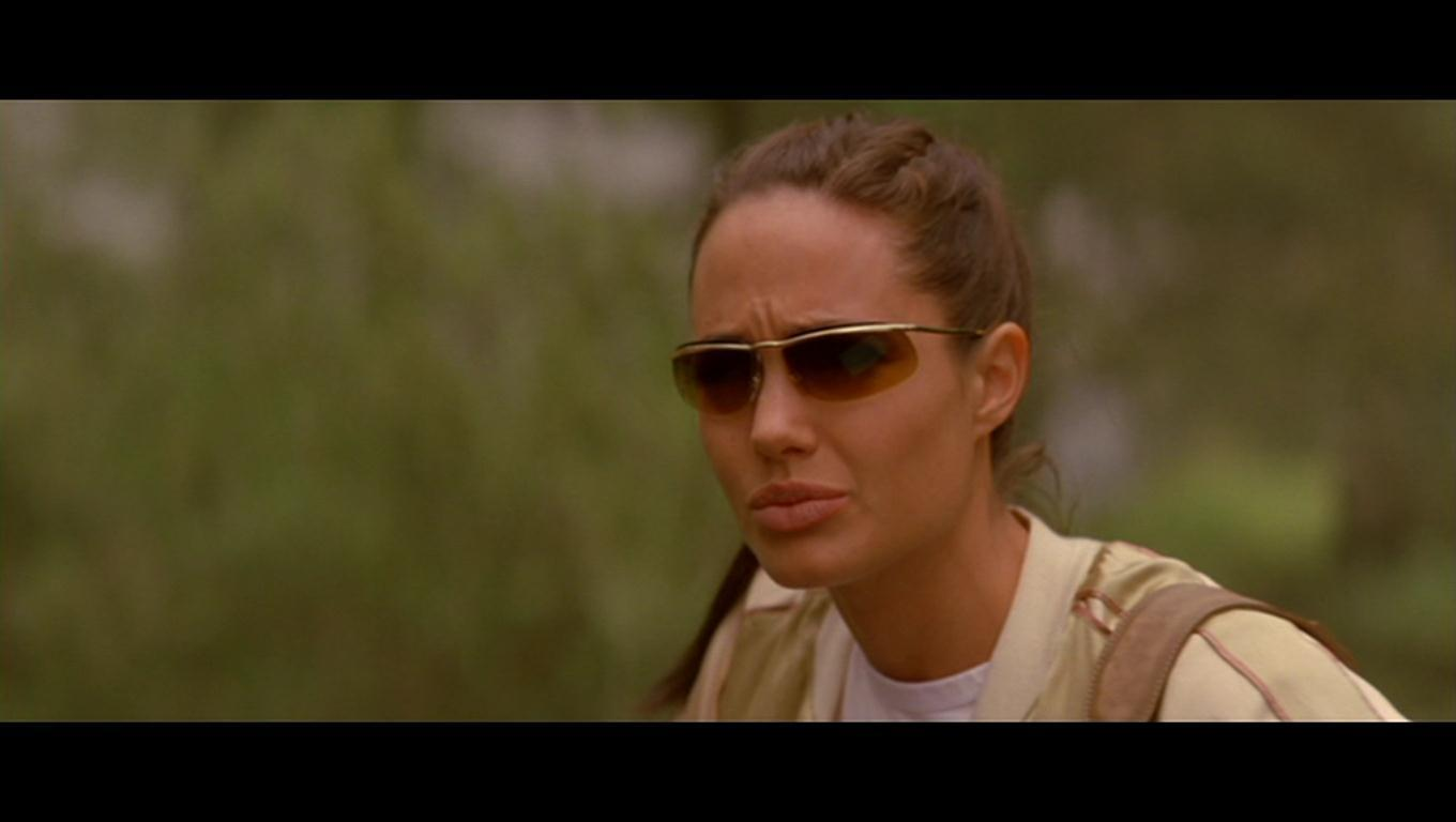- Angelina-Jolie-as-Lara-Croft-in-Lara-Croft-Tomb-Raider-The-Cradle-Of-Life-angelina-jolie-17946339-1360-768