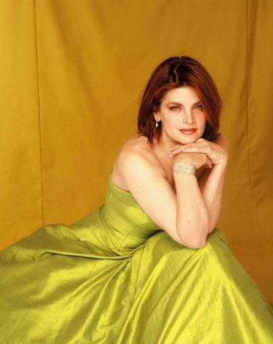 Dana Fineman Photoshoot - kirstie-alley Photo