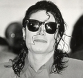 God..i just wanna grab him cuz he's so damn sexy!! - michael-jackson photo