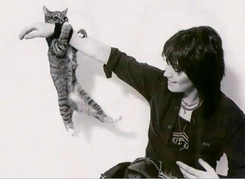 Joan and The Cat - joan-jett Photo