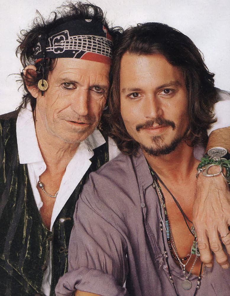 http://images4.fanpop.com/image/photos/17900000/Johnny-Depp-and-Keith-Richards-johnny-depp-17990980-778-1000.jpg