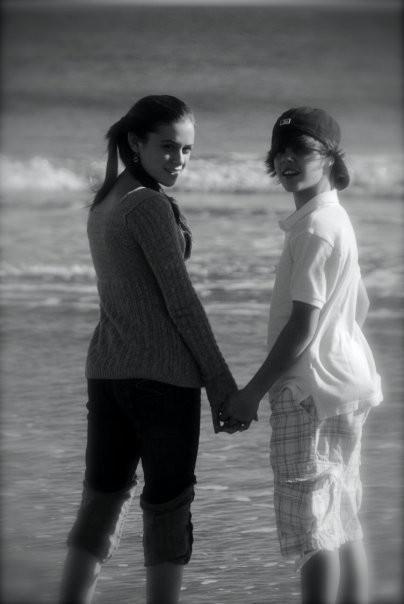 Justin & Caitlin - caitlin-victoria-beadles photo