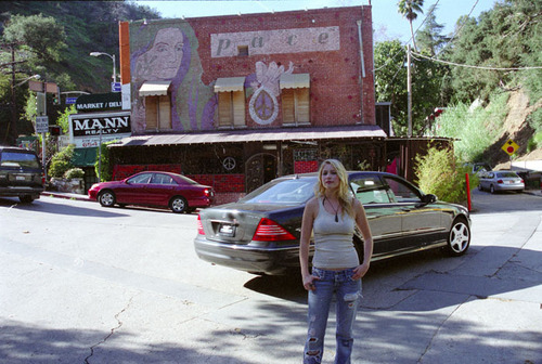 로라 램지 바탕화면 probably with a street, a diner, and a 다양한, 멀티 플렉스 titled Laura Ramsey - Stumped Magazine Photoshoot - 2006