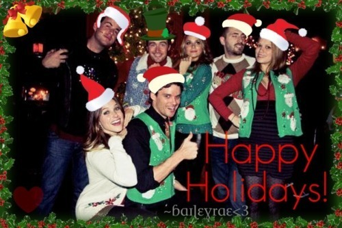 One Tree Hill wallpaper possibly containing a full dress uniform and regimentals called Merry Christmas from the cast!
