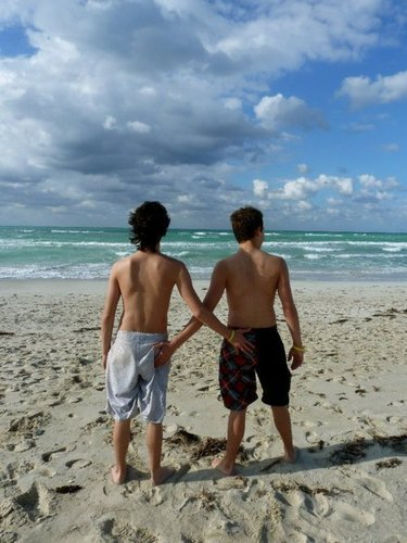 Munro and Thomas in Cuba touching each others asses - munro-chambers Photo