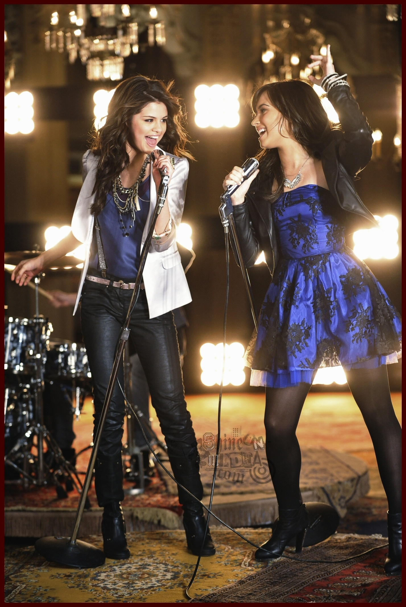 One and the same,VideoShooting - Selena Gomez and Demi Lovato Photo (17937351) - Fanpop